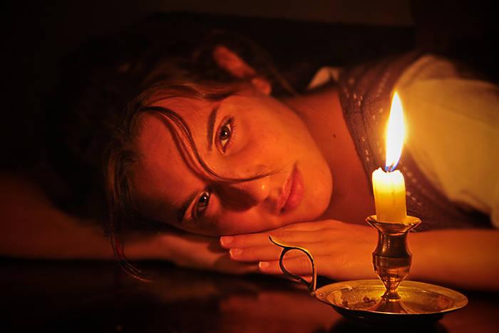 meditando-luz-vela-akirelax