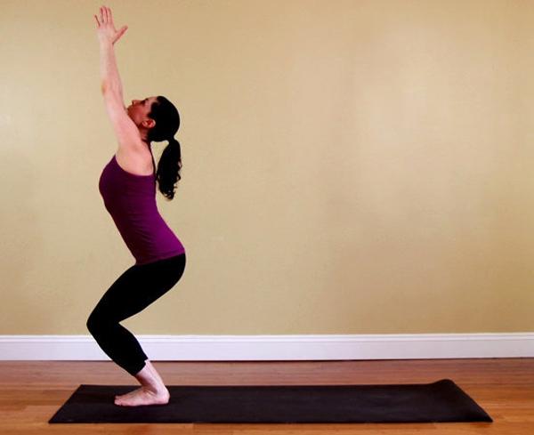 Asana-Postura-de-yoga-La-Silla