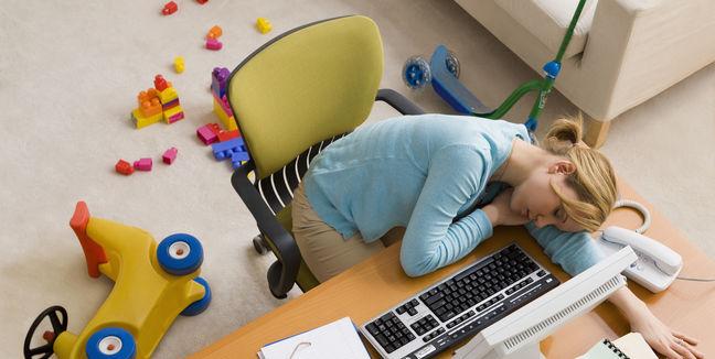 fibromialgia-mujer-agotada-cansada