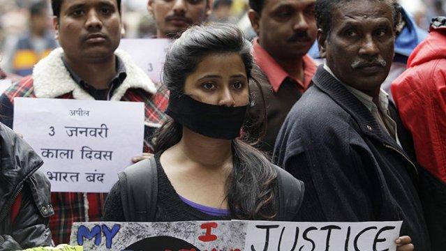 india-protesta-victima-violacion-suicidio-mujeres