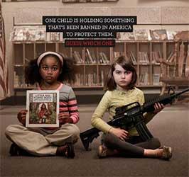 ninos-americanos-caperucita-roja-armas