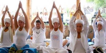 Los significados de los MANTRAS:  Sat Nam, Wahe Guru … etc