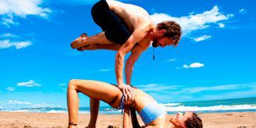 Fotos posturas tántricas – Yoga en pareja